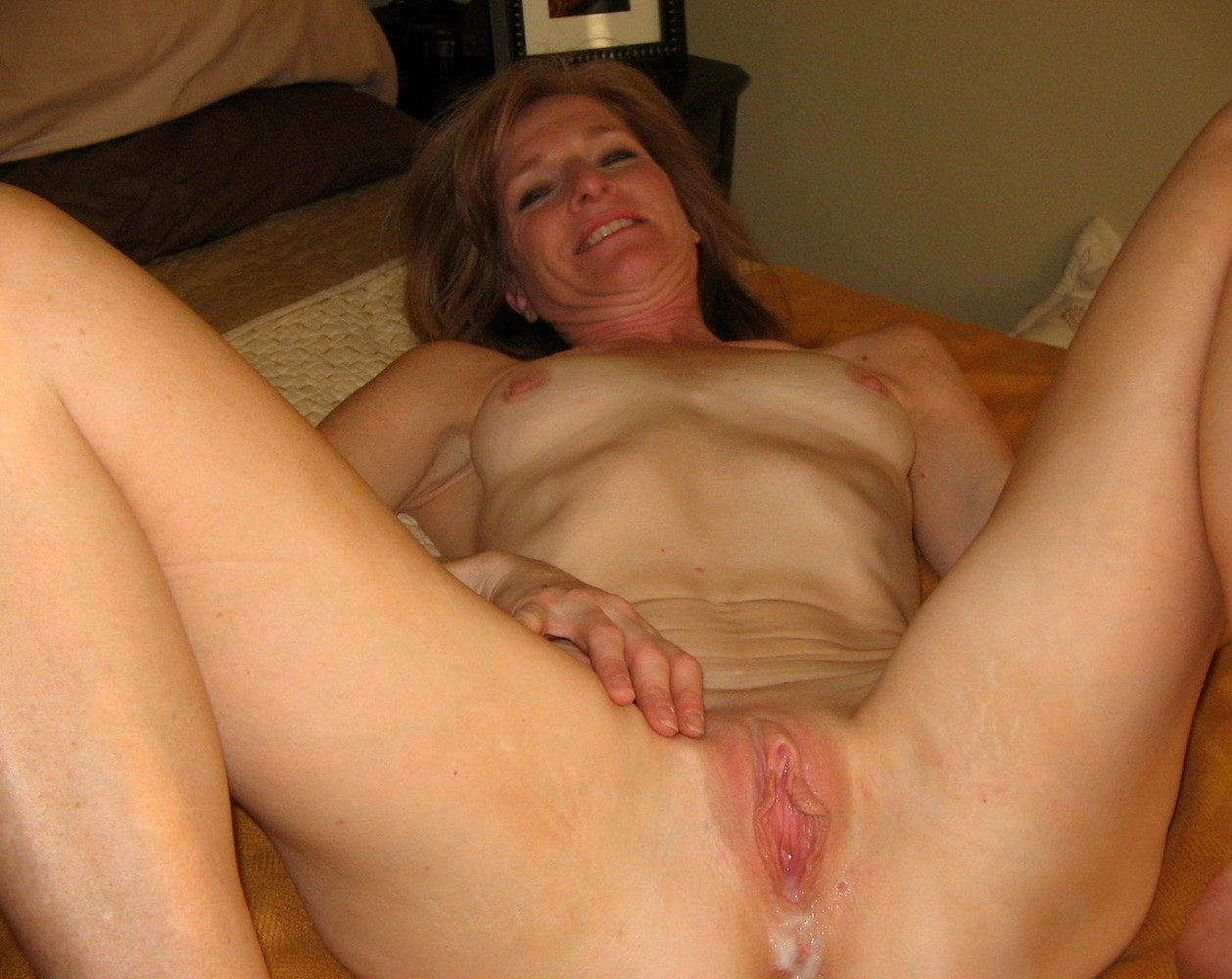 Older blonde milf creampie