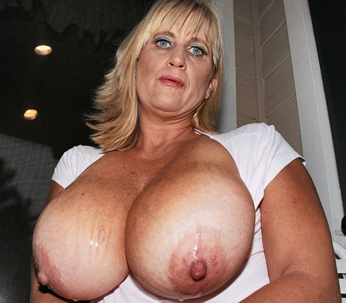 Free Nl Big Tits Mature Pictures Collection