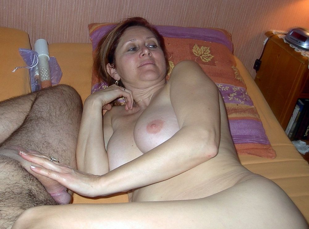 Sex wife fucks with a neighbor while her husband at work.