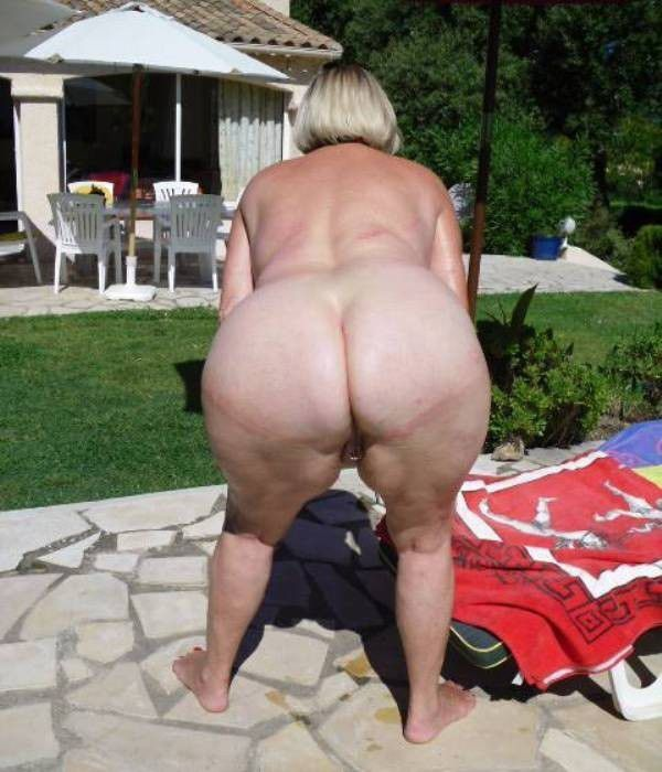 Thick French mother with huge asses