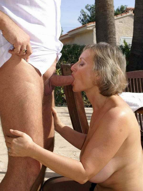 Husband fucks the mouth of his old wife near the pool