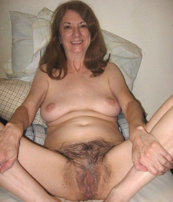 Ugly old hairy pussy