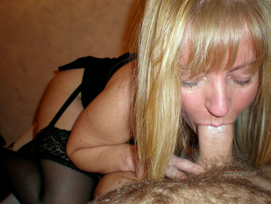 Big prick penetrates in the sex hole