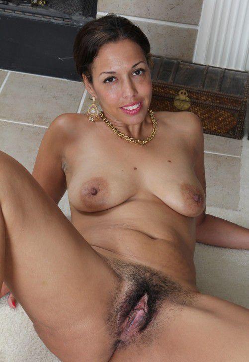 More sex photos of sexy ladies, HIGHCLASS, SOME COMMON TRASH, ALL FUCKMEAT.