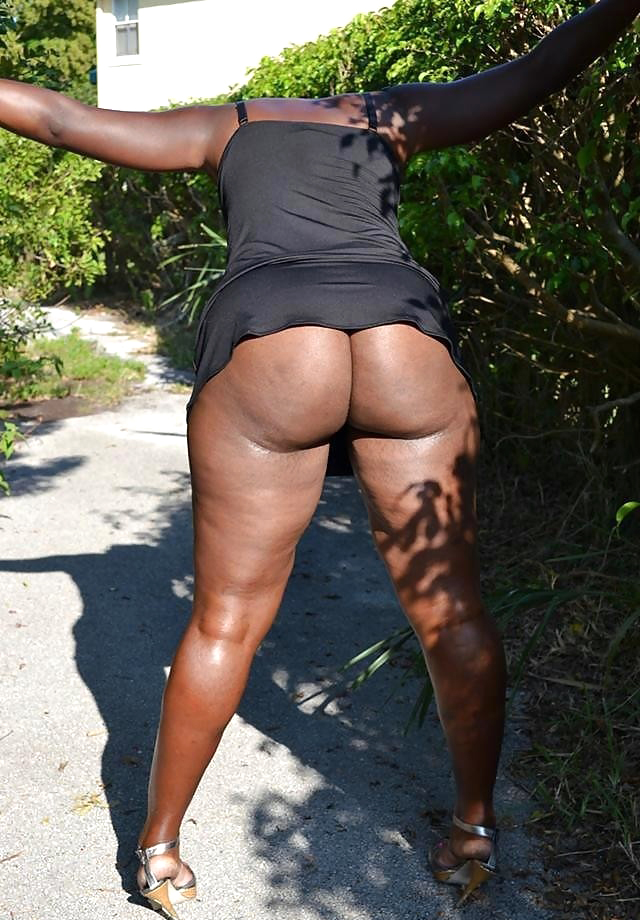 Hi-res erotic images of cute black women n big black asses