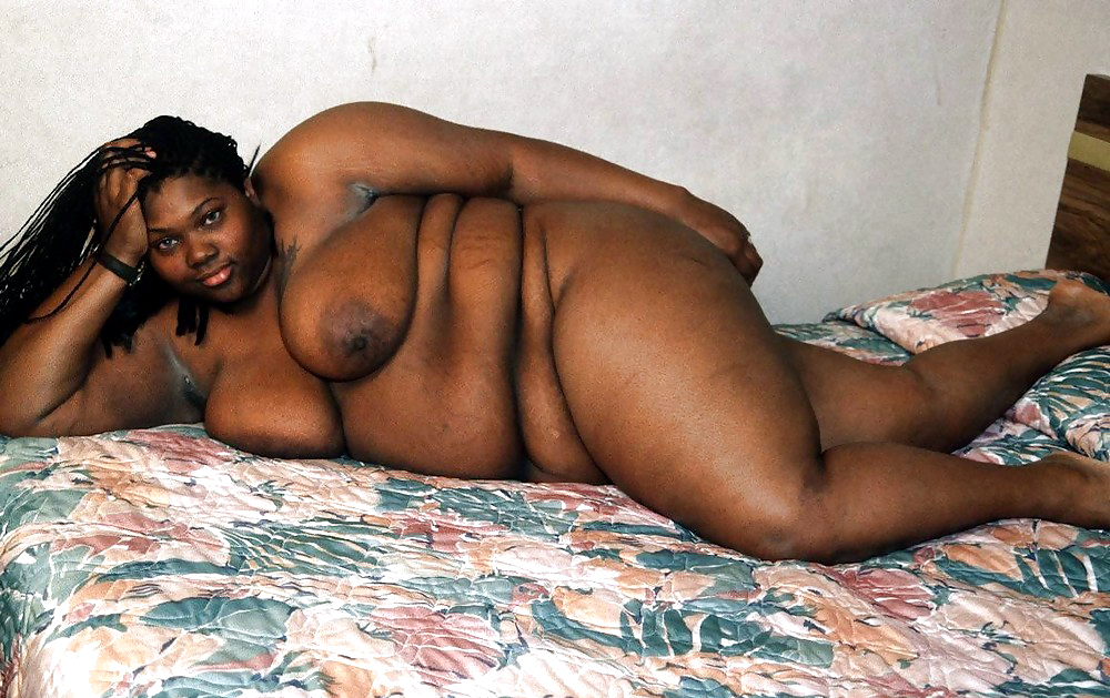 Fat black woman lyric licking and biting own nipples after getting naked