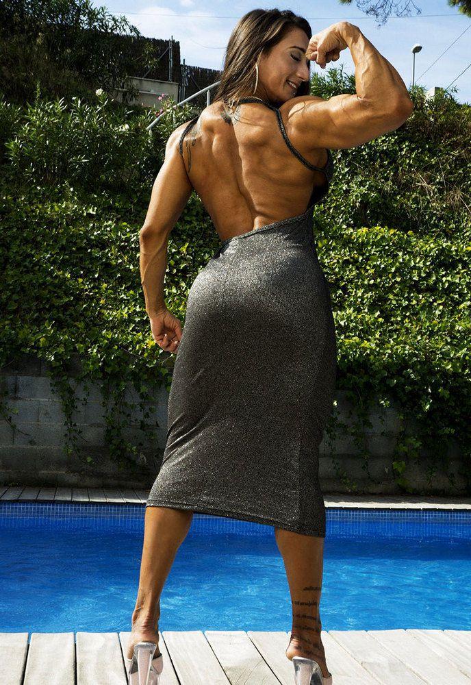Nude Karyn Bayres amateur private erotic photos. Wonderful nude pornstar and latina bodybuilder