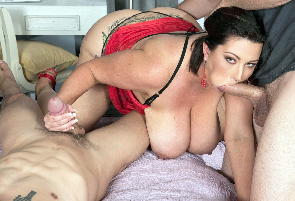 Busty Step Mommy Paige Turner Fuck Hot Touching Son's Friend Porn Pics