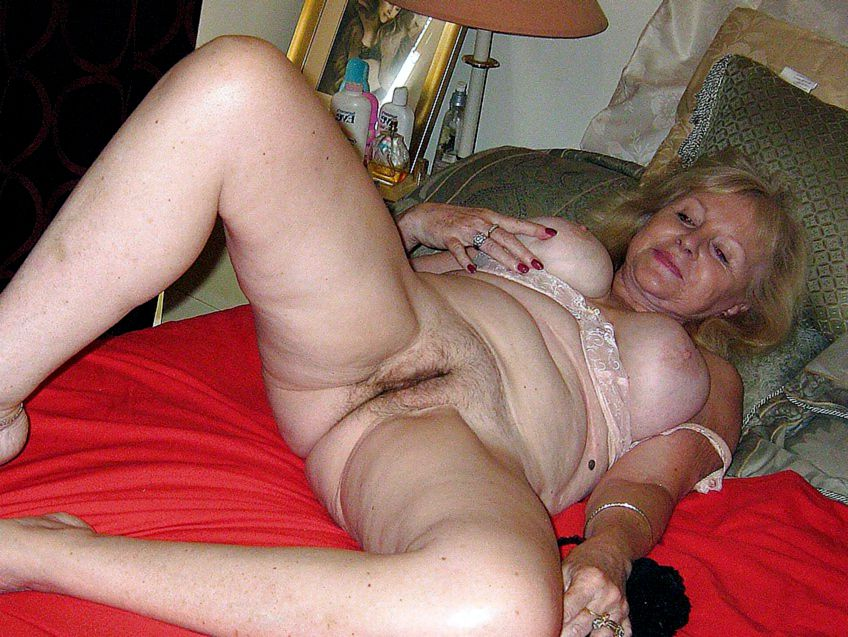 Photo collection of old twats of flabby mature women