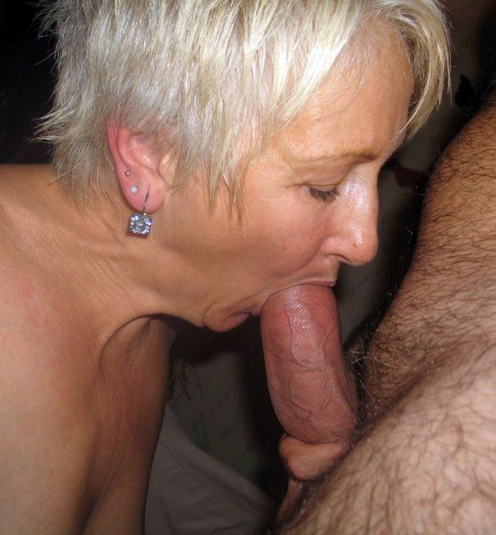 Old whores and grannies tries to make good blowjob