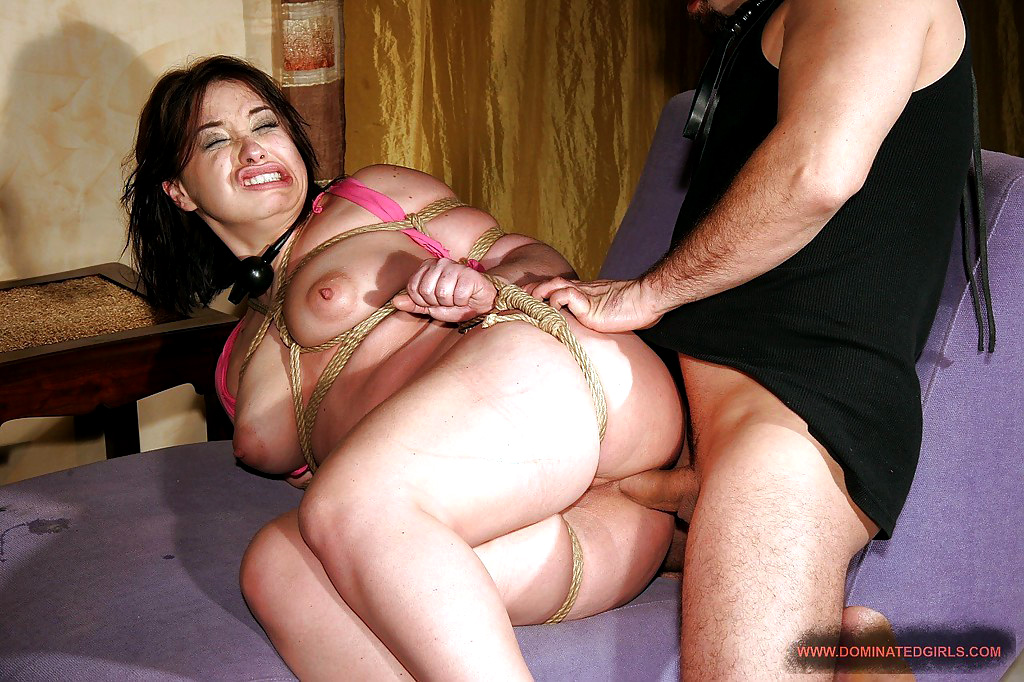 Russian MILF Olga gets her asshole tortured and drilled